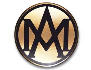 1923年 阿斯顿・马丁第一代车标