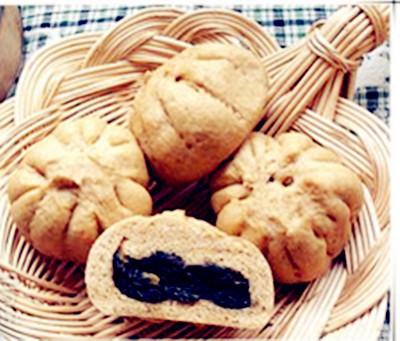 让甜包子更健康更美观 自制红薯芝麻全麦包