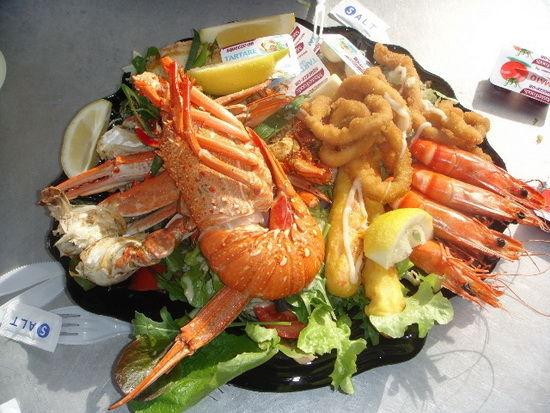 海鲜大餐图片_海鲜龙虾大餐图片_海鲜风味大餐