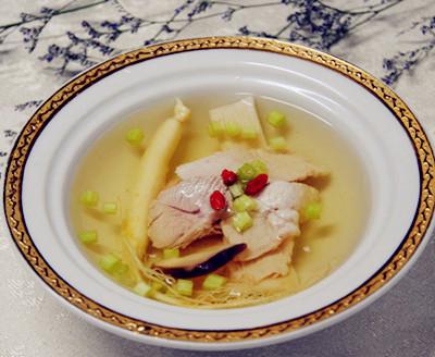 儿童吃猪脑汤的做法