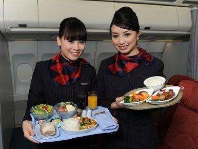 空中吃货:盘点各国航空公司飞机餐