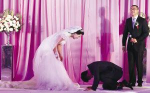 图为:吕小军婚礼现场。 来源:每日新报 摄影/王建一 崔跃勇