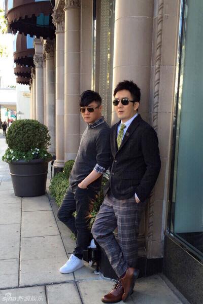 筷子兄弟漫步美国街头洋妞环绕心情好