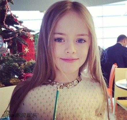 世界醉美少女!9岁超模五官精致似洋娃娃