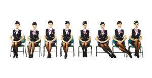 重庆一中学开礼仪课 女学生穿空姐服做示范(图)