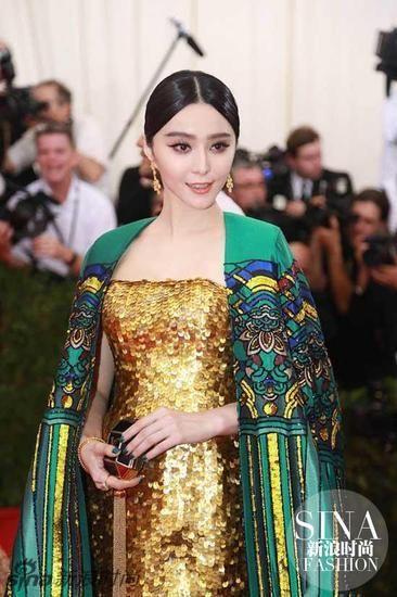 范冰冰大玩中国风入选年度十佳红毯造型