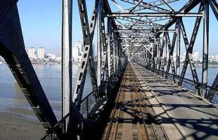 中朝边境鸭绿江大桥