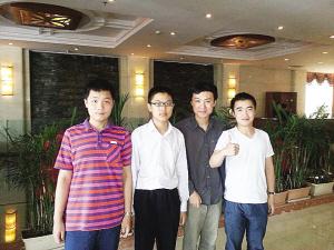 马逸超、许嘉阳、张昊、陈潇楠(从左到右)